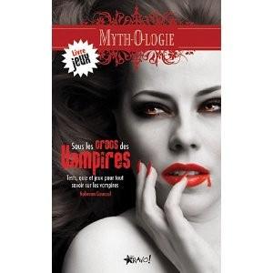 Sous les crocs des vampires de Nolwenn Gouezel
